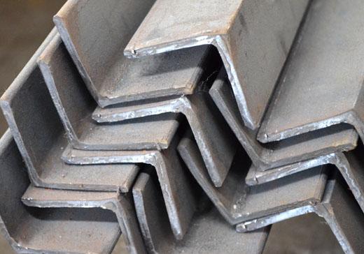 уголок стальной