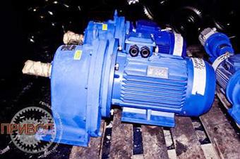 Цилиндрический мотор редуктор 4МЦ2С